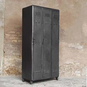 armoire métallique industrielle