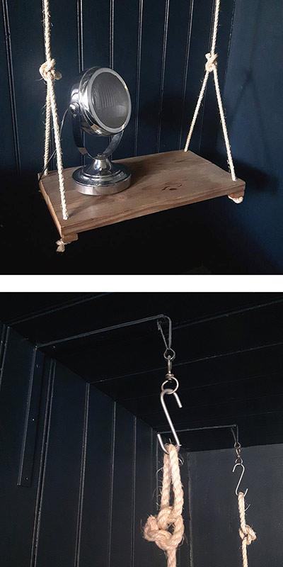 table de chevet faite avec des planches