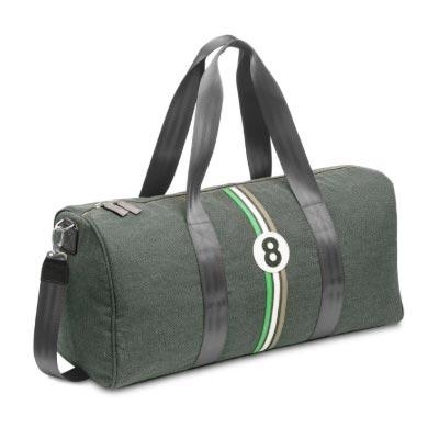 sac de voyage entre 2 retro en upcycling