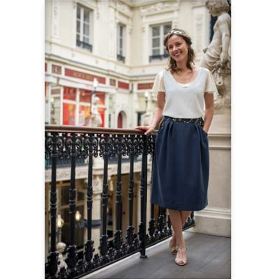 jupe et haut de chez julie laurent, upcycling dans la mode